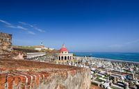 プエルトリコ サンフアン エル・モロ要塞と墓地