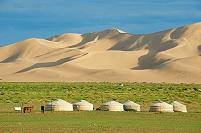 モンゴル キャンプとゴビ砂漠