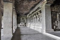 インド エローラ石窟群 第12窟