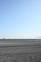 静岡県 渇水(瀬切れ)の安倍川と安倍川橋