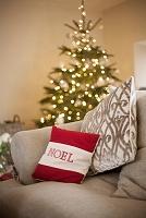 クリスマスツリーのを飾った部屋