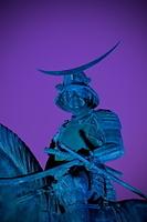 宮城県 夜の伊達政宗騎馬像