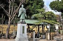 愛知県 豊太閤の像と初湯の井戸