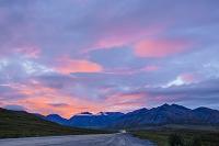 アメリカ合衆国 7月のアラスカ アティガンパスにて