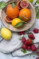 オレンジとイチゴとレモン
