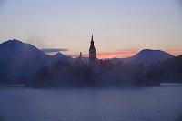 スロベニア ブレッド湖の朝