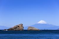 静岡県 雲見海岸と富士山