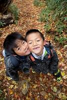 秋の日本人の子供