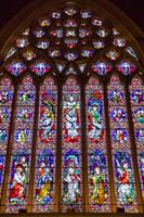 オーストラリア セント・パトリック大聖堂のステンドグラス