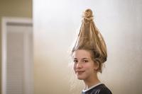 変な髪型の女の子