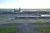 成田国際空港 T2