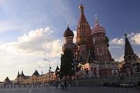 ロシア 赤の広場 ワシリー寺院とグム百貨店