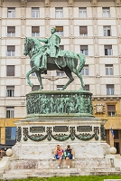 セルビア ベオグラード ミハイロ公の像