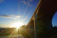 長野県 上田市 上田ローマン橋と夕日