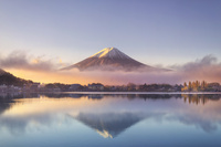 日本 山梨県 河口湖と富士山