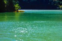 栃木県 奥日光 水色に輝く湯の湖