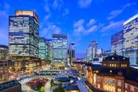 東京都 東京駅 丸の内 新駅前広場 夜景