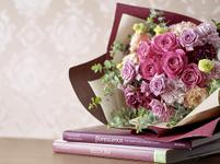 花束 パープル バラ リシアンサス