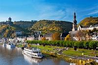 ドイツ ライヒスブルク城とモーゼル川