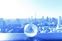 東京都 ビル群と地球