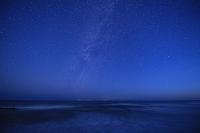 新潟県 佐渡島と天の川