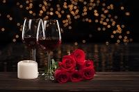 赤ワインとバラとキャンドル