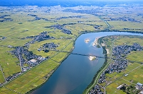 新潟県 阿賀野川に架かる大阿賀橋周辺