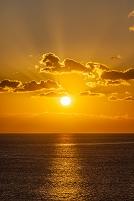 桂浜から見る夕日