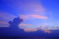 モルディブ 南の島 夕暮れ時