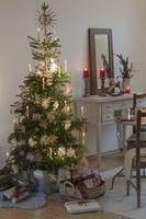 クリスマスのフラワーアレンジメント