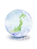水が揺らぐ球体と日本地図