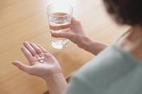 薬の服用イメージ