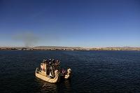 ペルー チチカカ湖 ウロス島 トトラ(葦)で作ったバルサ(葦...