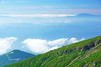 長野県 御嶽山九合目付近から恵那山(右奥)遠望