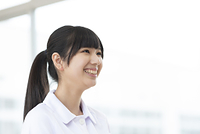 微笑む看護学生