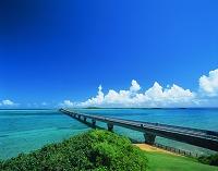 沖縄県・池間島 池間大橋