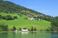 ノルウェー ノールフィヨルドとオルデンの家並み