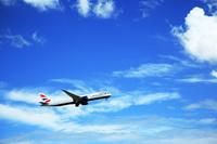 白い雲とジェット機 成田空港付近