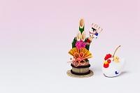 津屋崎土人形ひょこ乗り酉と正月飾り