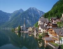 オーストリア 湖畔のハルシュタット