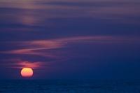 黄昏に沈み往く夕陽
