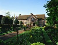 イギリス シェークスピアの生家