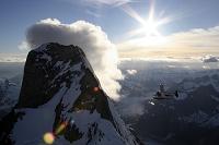 アメリカ合衆国 アラスカ デヴィルズ・サムと飛行機