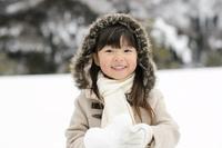 雪山の日本人の女の子