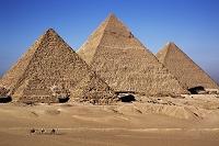 エジプト ギーザの三大ピラミッド