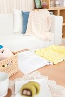 テーブルの上の編み物