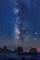 静岡県 天の川と蓑掛岩