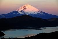 神奈川県 朝焼けの富士山