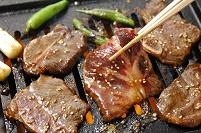 焼肉(骨つきカルビ)