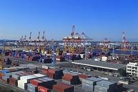 横浜港 本牧埠頭のコンテナターミナル